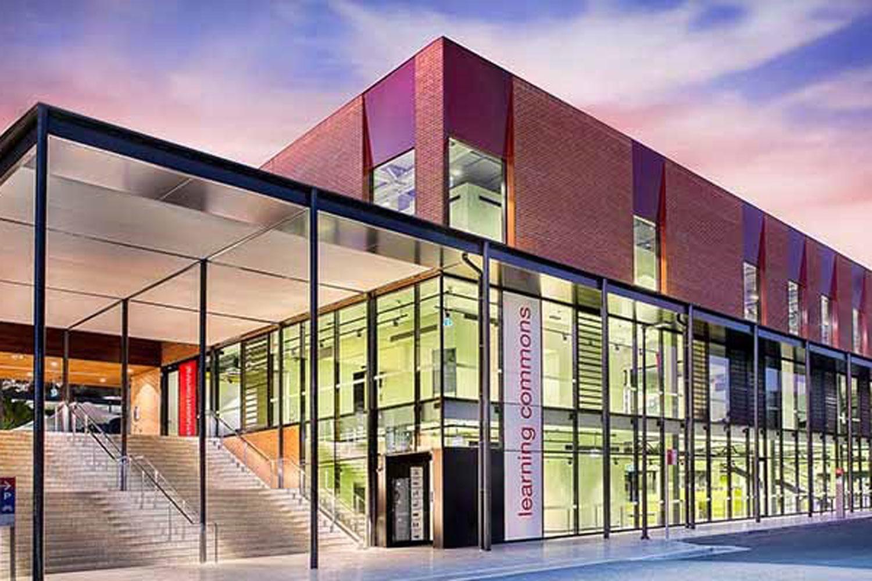 Đại học Charles Sturt - Trường Đối Tác - Koru Education